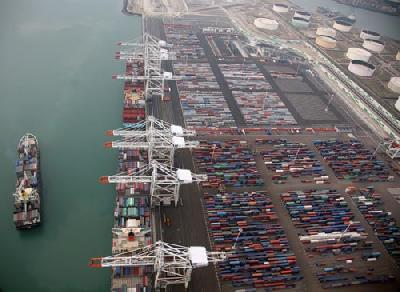 Le Havre posts 6pc box decline to 2.2 million TEU, transshipments off 28pc