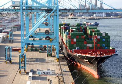 Asia-Europe rates contract 1.4pc to US$711/TEU ahead of coming hikes