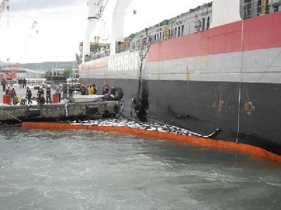 Amstelborg Holed in Gemlik, fuel leaked