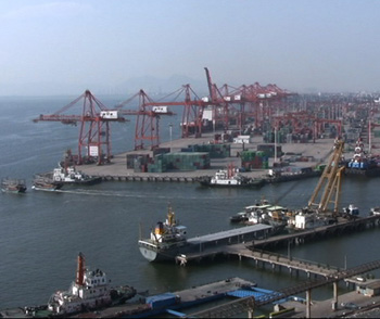 China has 26 ports that now handle 100 million tonnes of cargo a year