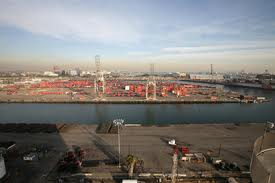 Long Beach mulls incentive schemes to attract big ships, boost intermodal