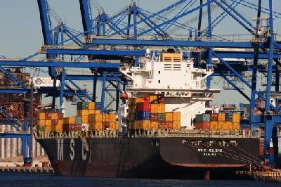 Port Tracker survey indicates US peak season to be better than last year