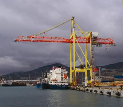 Russia's crane purchase orders indicate move up the TEU capacity ladder