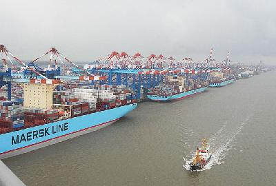Maersk increases US inland-haulage rate US$900/TEU from October 7