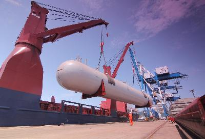 Rickmers Linie Transports Three LPG Storage Tanks from Malaysia to Kuwait