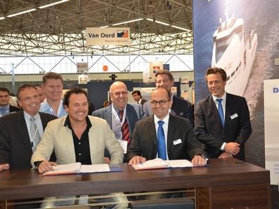 Offshore Energy 2012: Damen, Iskes Sign Deal for New Tug
