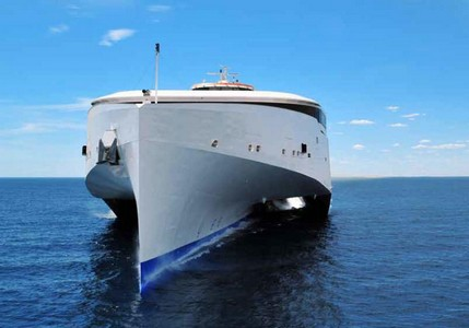 Euroferries Charters Austal Trimaran for Service Between Boulogne and Ramsgate