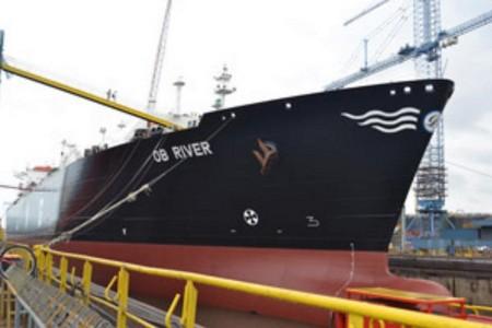 LNG Tanker Ob River Prepares for Northern Sea Route