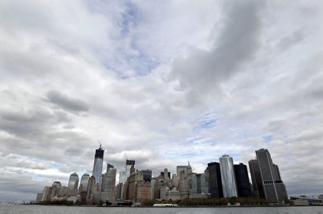 New York restricts harbour to essential personnel, no electricity yet
