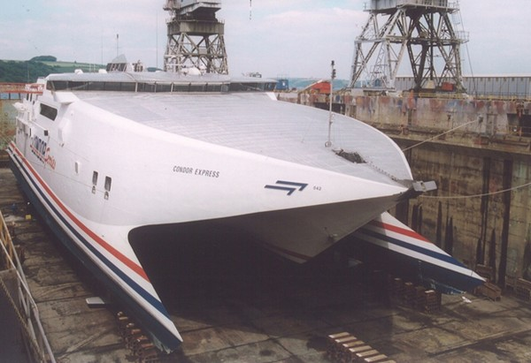 UK: A&P Falmouth to Drydock Condor Express