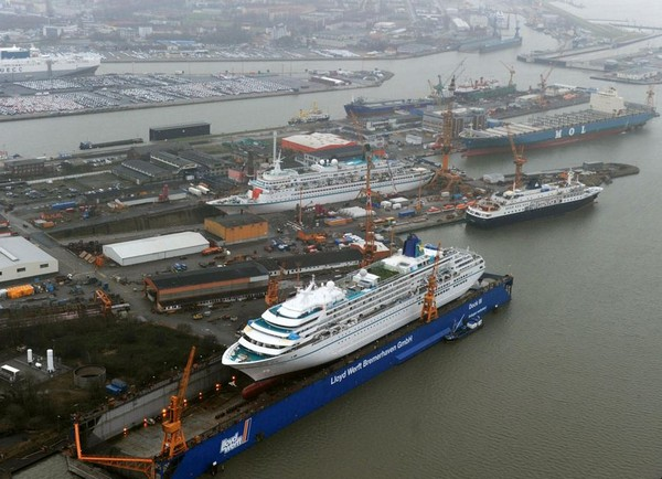 Germany: Lloyd Werft to Spruce Up Three Cruise Ships for Next Season