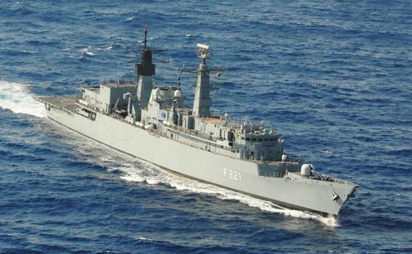 EU NAVFOR, Combined Task Force 151 Work Together