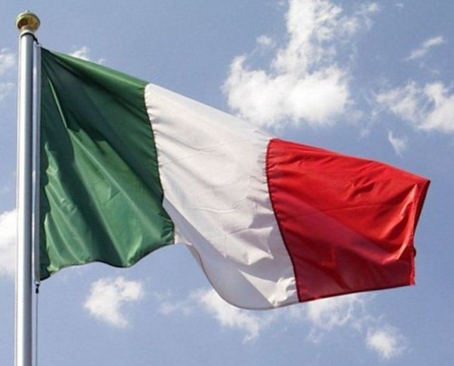 Italy posts first trade surplus since 2002, magnified by import plunge