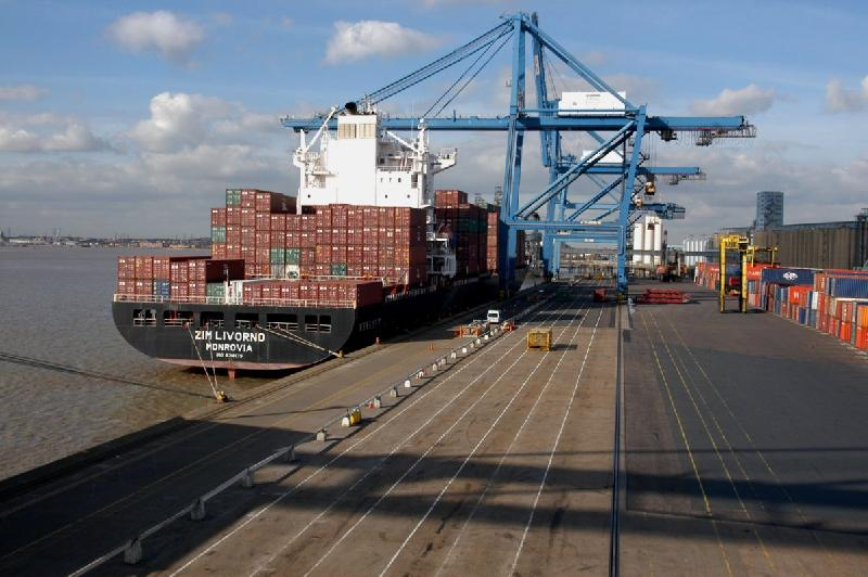 Port of London slips 10pc overall, but container volume up 2pc in 2012