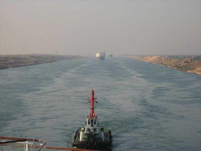 Suez January transits down 15.9pc, revenues fall 9pc to US$405 million