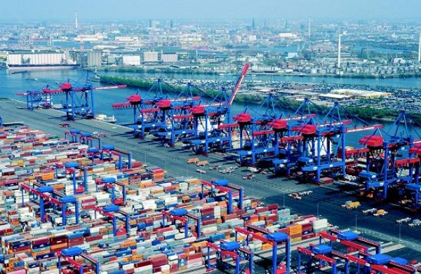 Hamburg's Russian boxes up 13pc in 2012, becomes 2nd trading partner