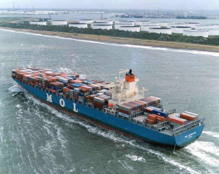 Drewry: Carrier alliances to grow after over-tonnaged GA, NWA merge loops