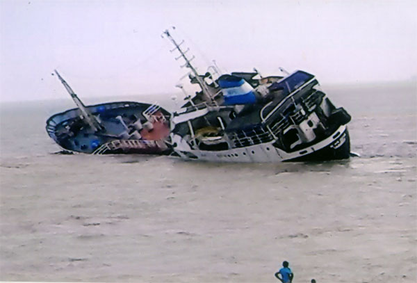 Tanker Myan Aung Sank After Collision With Car Carrier Malacca