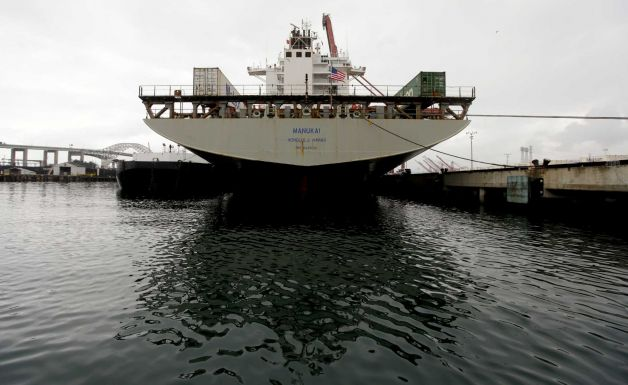 Half the ships docking at Long Beach must use shore power on January 1