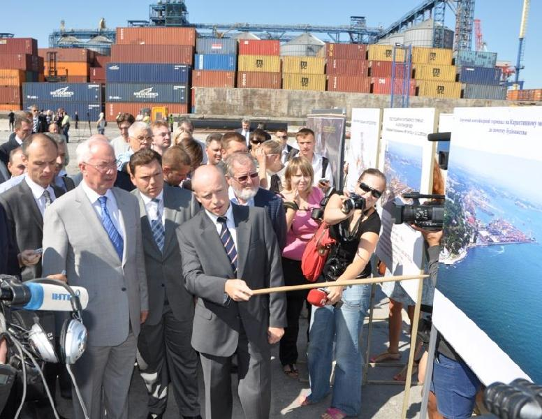 New terminal of Odessa port will accept first ship in autumn