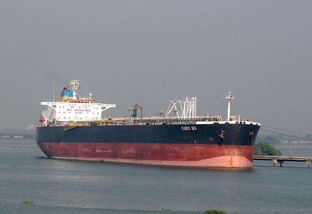 Rise in global tanker rates fails to boost Indian shipping industry