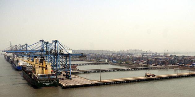 Regulator delays Nehru port's planned 70pc container tariff increase