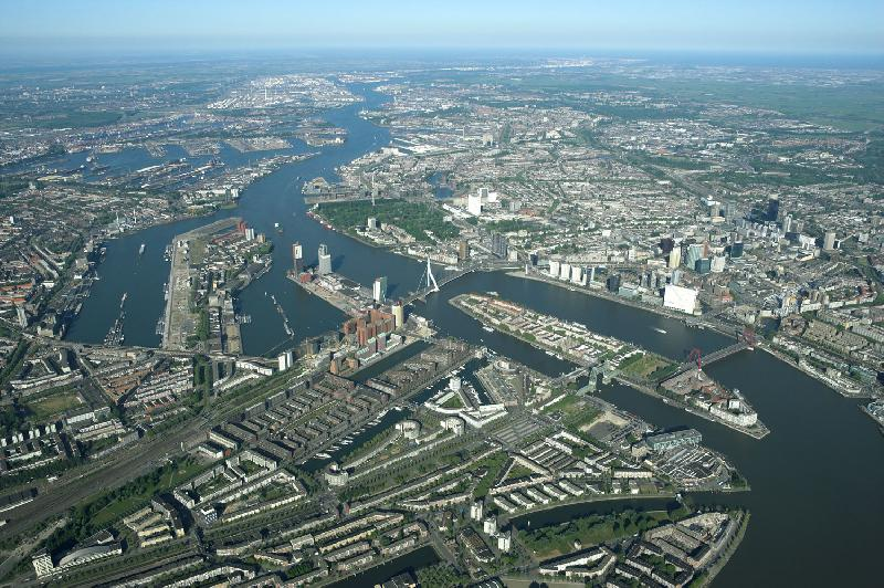 Rotterdam boxes up 1pc, but overall cargo loses ground to German ports