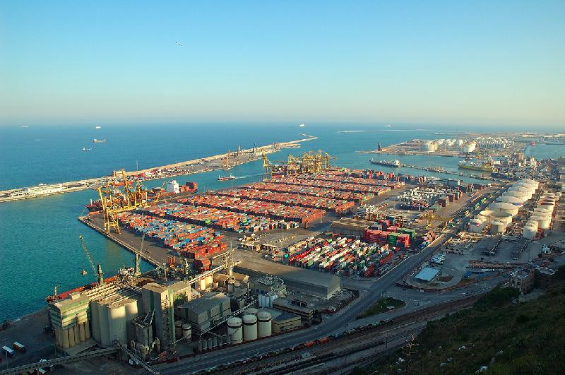 Barcelona first half box exports up 12pc to 276,566 TEU, but imports slack