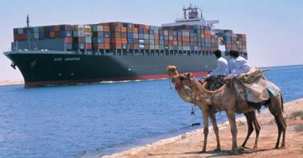 Suez Canal operations unaffected by civil strife, but risk grows