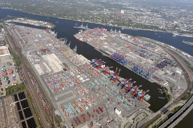 Port of Hamburg first half container volume up 2pc to 4.5 million TEU