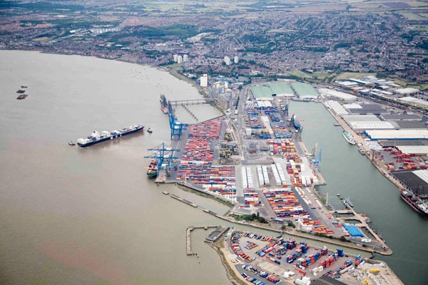 Tilbury confident of survival as British container port war intensifies