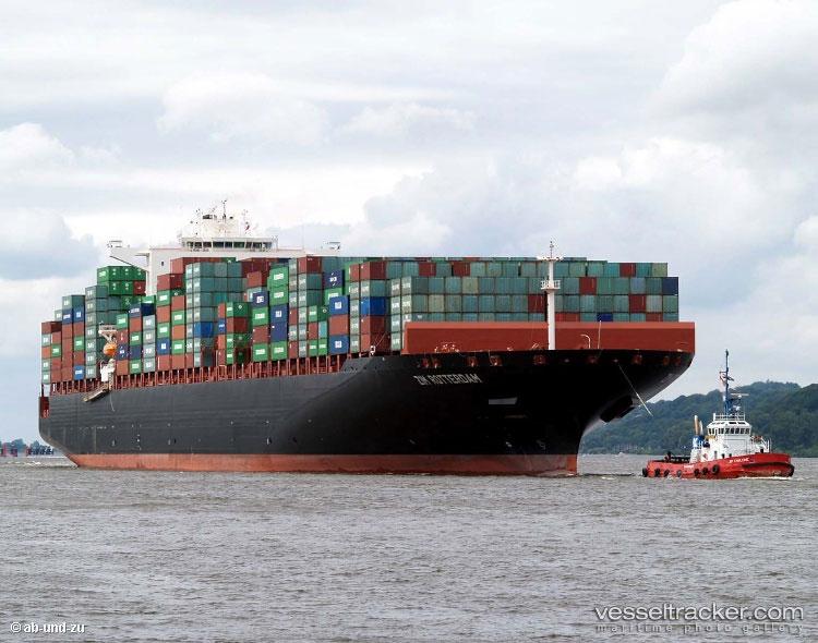 Fire stricken Zim ship, diverts from Felixstowe to London