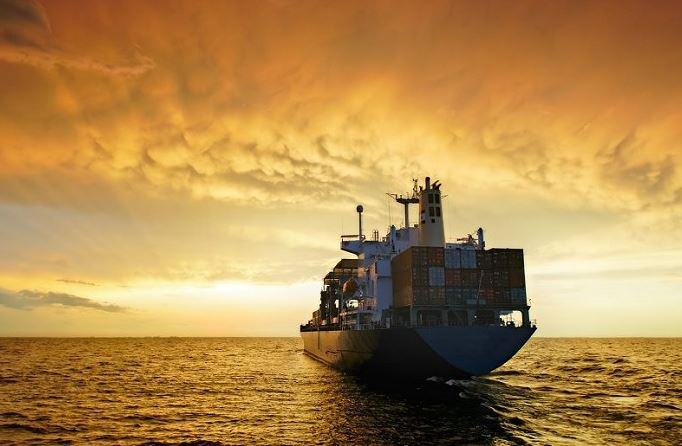 Container Shipping - Owners rush to the yards despite a distressed market