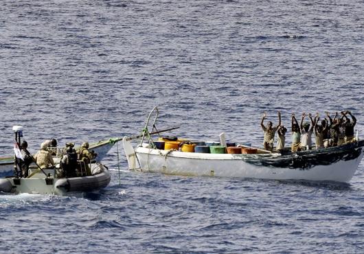 Australian naval ship caught nine Somali pirates off Somalia Coast