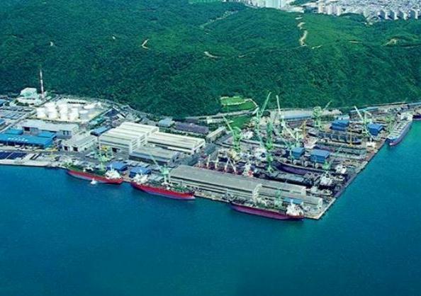 Hyundai Mipo Bags Orders for 16 MR Tankers