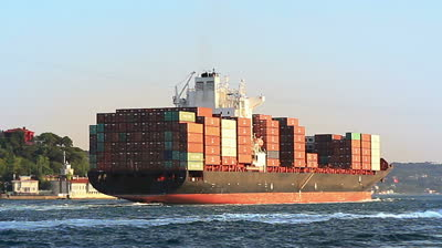 Alphaliner points to signs of renewed optimism in container shipping sector