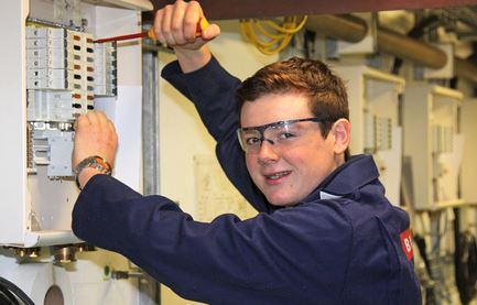 BAE Systems: Record Intake of Apprentices for 2014