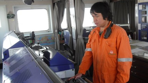The invisible world of seafarers