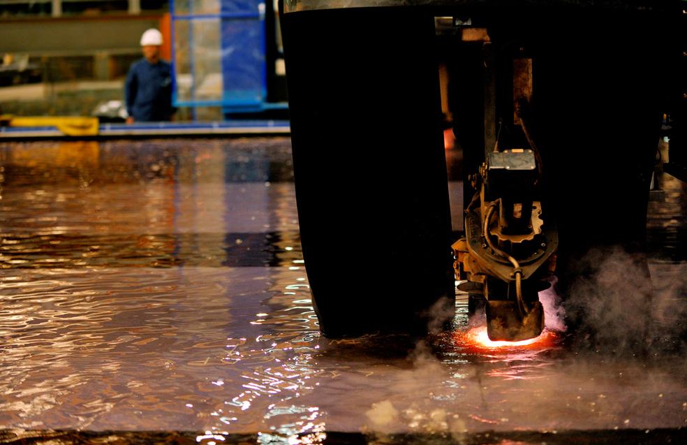 Fincantieri Shipyard Cuts First Steel for 'Carnival Vista' (Italy)