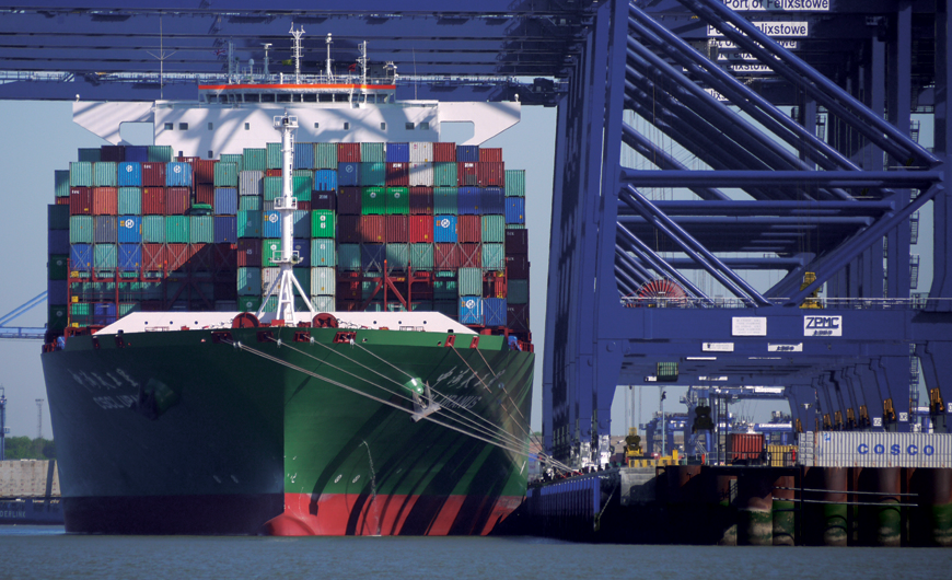 Felixstowe receives go-ahead to extend berth to dock mega ships