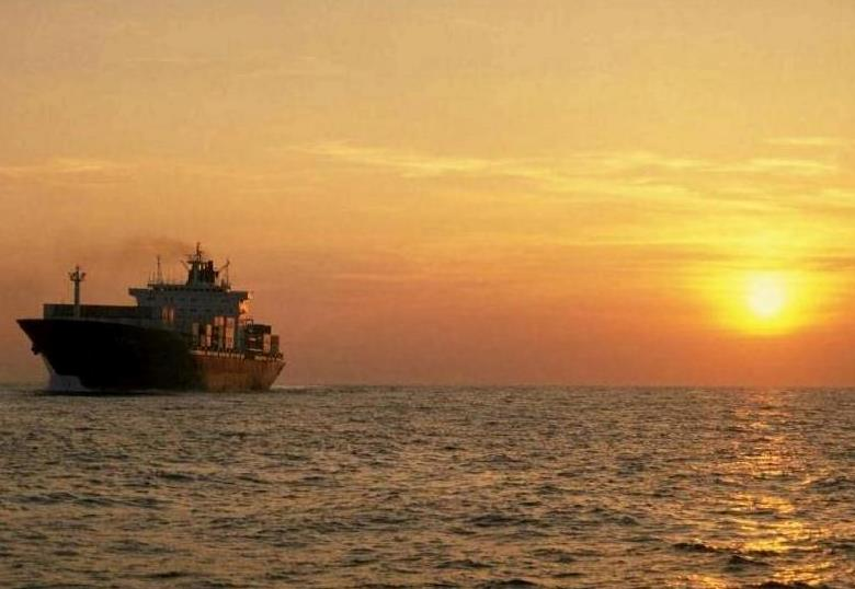 SFL Buys Seven Container Vessels