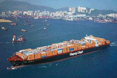 Hamburg up 4.4pc to 9.3 million TEU, driving 6pc overall cargo gain