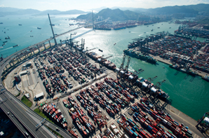 Cosco and China Shipping buy into HK box terminal