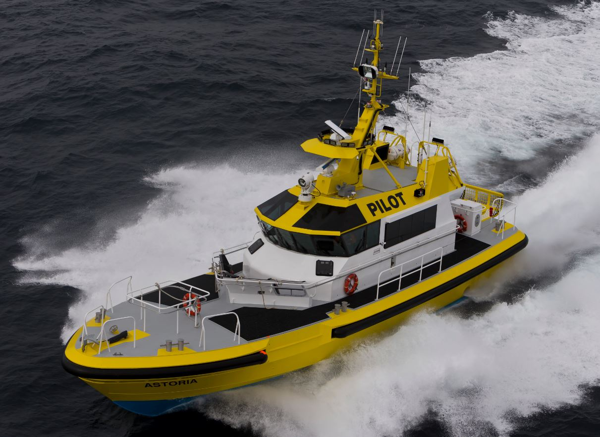 Kvichak Marine Hands Over CRBP Pilot Boat Astoria