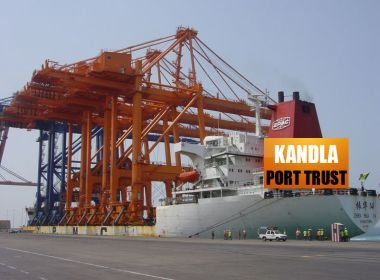 Hindustan Shipyard delivers tug for the Kandla port