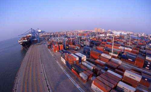 CKYHE calls at Xiamen now that 13,000-TEUers have joined transpac loop