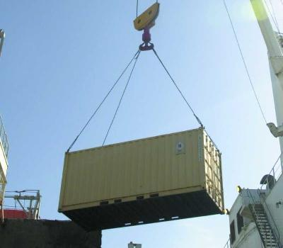 UN agency okays steps to mandatory box weigh-ins over shipper opposition