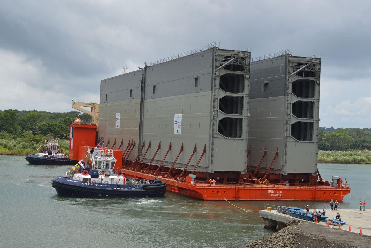 Panama's four new lock gates at sea aboard heavy lift ship from Italy