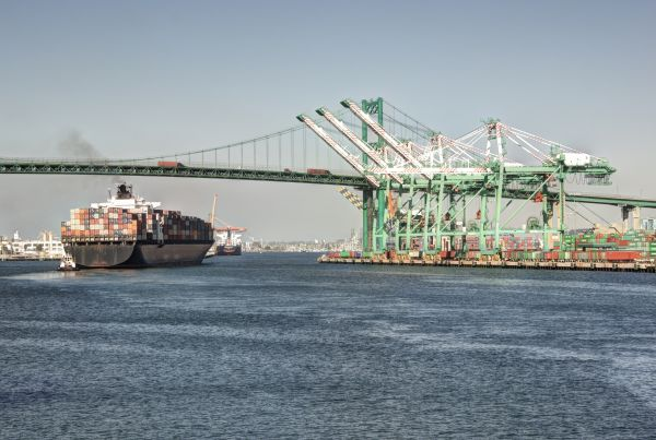 Los Angeles container volume rises 8.2pc in May, Long Beach up 2.7pc