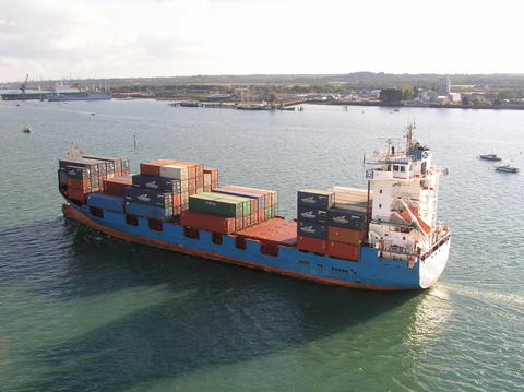 Small ship capacity squeeze, as idles drop to 1.4pc of total fleet